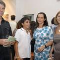 Pablo-Uribe-Jaqueline-Lacasa-y-Stella-Elizaga-1024x685
